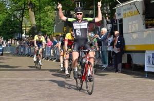 ronde van Hilversum winst voor Steven
