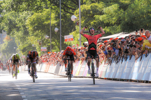 NK: winst voor Lorena (foto sportfoto.nl)